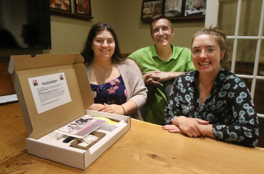 Buffalo Grove student entrepreneurs' Skunk Aid gets picked up by Bentley's Pet Stuff